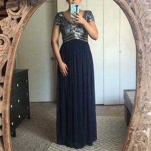 NWOT Adrianna Papell Evening Gown